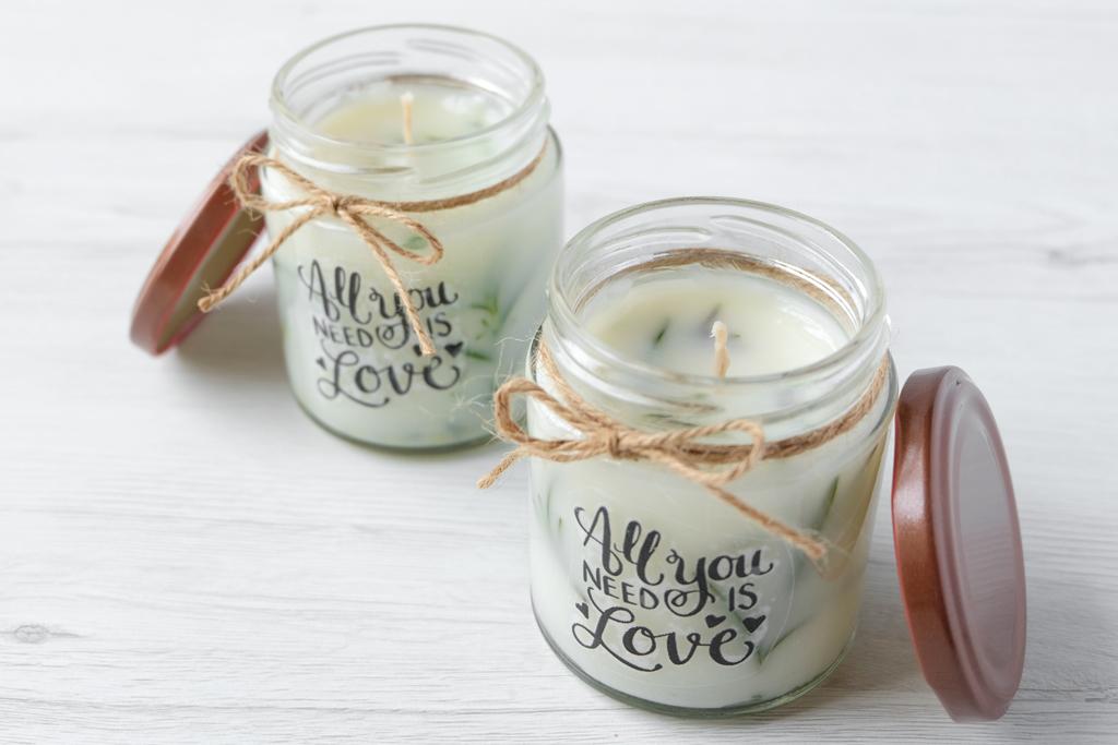 Candele Segnaposto Matrimonio.Diy Candele Handmade Al Profumo Di Limone E Rosmarino